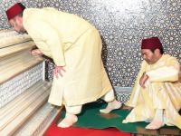 أمير المؤمنين يترحم على روح جلالة المغفور له الملك الحسن الثاني طيب الله ثراه