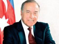 الذكرى 15 يونيو يوم الإنقاذ الوطني من الأيام الراسخة عند الشعب الأذربيجاني