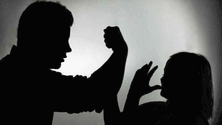 أربعيني يعذب والدته حتى الموت بمشاركة زوجته وابنه القاصر بالرباط