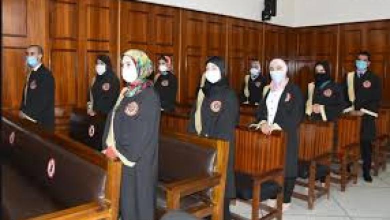 وزير العدل يدعو العدول الجدد إلى التمسك بمبادئ الجدية والنزاهة والوقار