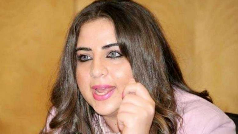 """الناشطة اللبنانية رويدا تلقن درسا لحسن نصر الله : """" لا يحق لأي حزب لبناني أن يحاضر على أي حزب مغربي بالمديح أو الانتقاد """""""